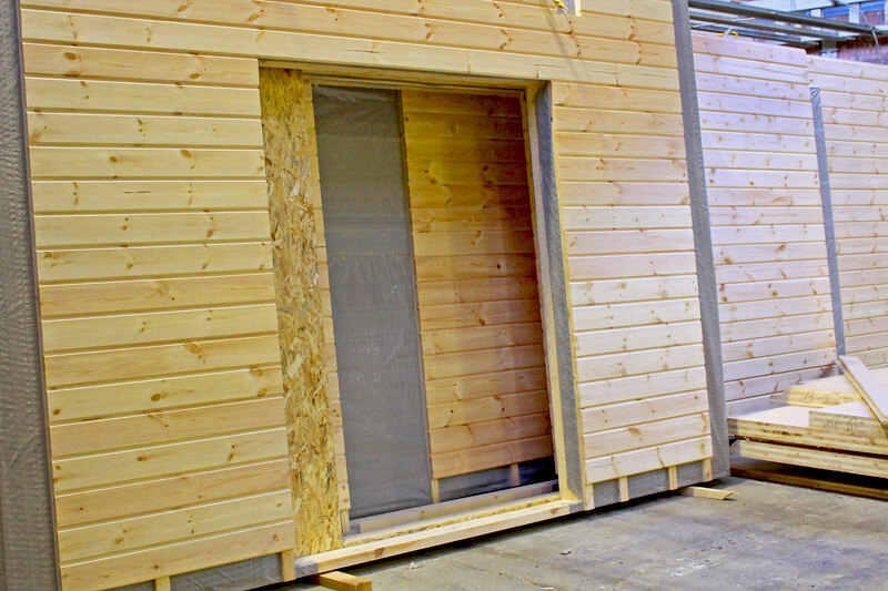 Frame-panel construction technology of wooden houses